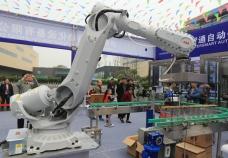 重庆酒类自动化包装及码垛机器人